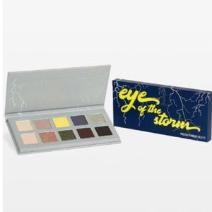 Kylie Eye of the Storm Palette